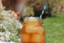 Recipes - Drinks / by Laura Smith