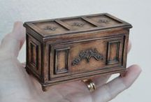 Doll House Miniature Boxes / Doll House Boxes
