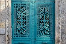 Colourful Doors / Colourful doors around the world