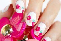 Beauty: Nails / by Fabiana Gauto