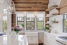 Kitchens that inspire Duke Manor Farm / Whether you are a cook or not, a beautiful and functional kitchen is a must. Here is a collection of beautiful kitchens that inspire me.