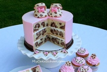 Cakes / Decorated Cakes / by Jennifer Borchert