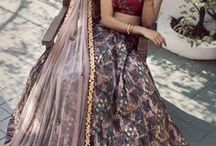 Sapana Amin / sapana amin, Indian lehenga, lehenga, lengha, sarees, sari, anarkali, floral lehenga, floral lengha, bridal lehenga, bridal gown, reception gown, floral gown, cape lehenga, pre draped saree, silk saree, lehenga saree, chiffon, georgette, crepe, satin, embroidered lehenga, sabyasachi, manish malhotra, anita dongre, tarun tahiliani, ridhi mehra, ritika mirchandani, payal singhal, gaurav gupta, abhinav mishra, mishru, abhu jani sandeep khosla, amrapali, anamika khanna, falguni and shane peacock