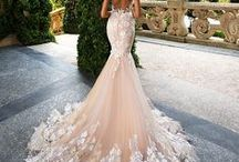 Wedding Dresses / Wedding dresses that will make you shine in the spotlight.