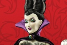 Disney Villains / The fabulous fiends we love to hate! Plus, the new Disney Villains Designer Doll Collection!