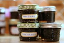 Creative Canning / Pin links to your favorite canning recipes.  Only three pins a day please.