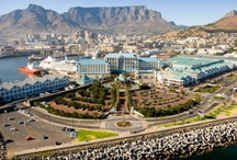 Cape Town Hotels & Western Cape / The beautiful coastal city of Cape Town of South Africa is home to many interesting attractions including Table Mountain, Robben Island, the Victoria & Alfred Waterfront, Kirstenbosch Botanical Gardens, the Castle of Good Hope, the Camps Bay and Clifton beaches and the Cape Winelands.