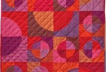 Quilts to make / These are beautiful and easy enough to tackle.