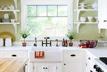 Maine cottage - kitchen