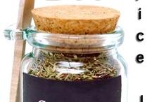 Especias / Mezclas de especias hechas en casa. Mixing spices at home. / by Nonoro