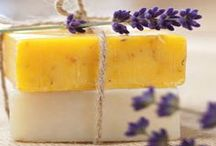 Soap and Soapmaking / by Rekesha Spellman