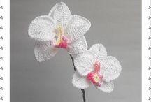 flowers (crochet)