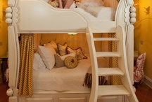 Bunk bed / by Udine