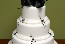 Wedding Cakes / by Danielle Wilkerson