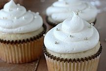 Cupcakes! / I really love cupcakes... / by Danielle Wilkerson