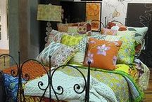Homey / Cool spaces / by Michelle Mangum