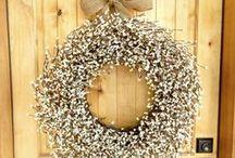 Simple but Elegant Wreaths