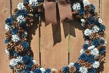Rustic Wreaths / From natural woods and materials to worn and weathered decor for your rustic home... these wreaths are perfect to bring rustic charm to your decor. http://bit.ly/rusticwreathideas
