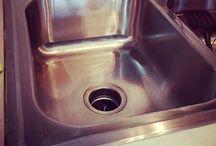 A Clean Home / Housekeeping / by Amanda Townsend
