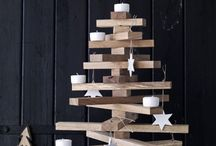 Christmas Crafts & Decoration / Fun and creative ideas for decorating your home at Christmas. Lots of crafty, diy, homemade Christmas decoration and gift-wrapping ideas