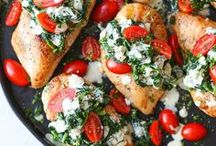 Chicken Breast Recipes / In a dinner rut? Here are some of our favorite recipes using chicken breasts. Simple and easy- that's what it's all about!