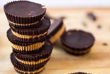 Peanut Butter Recipes / Recipes that use peanut butter. Delicious peanut butter and chocolate and more.