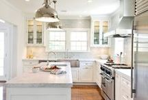 Kitchen / by Cristina Hallock