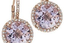 GEMSHOW  DECEMBER 5TH 2013 / This exciting event is held bi-annually and is your chance to choose from a wide selection of fine quality, loose gemstones!  Mark your calendars and join us on December 5, 2013!