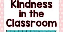 Kindness in the Classroom / This kindness board includes tips, ideas, activities, and lessons for helping students practice compassion, empathy, and kindness in the classroom.  Teachers will find a variety of fun and easy to use tips and tricks!