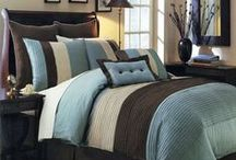 Bedding Sets / The leading bedding-related brand names all offer sets. Most also offer luxury bed sets for the most extravagant bedroom arrangements.