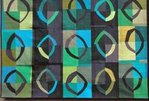 Quilty Inspiration / A diverse collection of creative nudges:  quilts, pictures, patterns seen.  Squares, lines, curves, color.