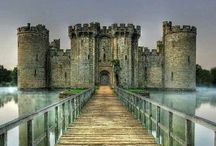 I heart Castles / Pretty castles of the world. / by Hayley McCaffery