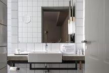 Bathe Here / Bath design and decor inspiration. Home makeover ideas and inspiration. Home rennovation. DIY trends. Interior design. Bathroom tiles, materials. #cleverlife #kristennicole