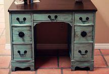 DIY furniture / by Ashley Zahn