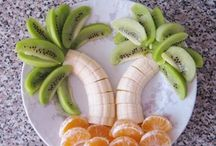 Great Food For Parties / by Courtney Rogers