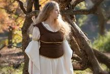 Costume: Eowyn / Tutorials and references for Eowyn's dresses from the Lord of the Rings.
