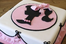 CAKES / by Melissa Gallo
