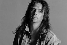 Alice Cooper / With snake