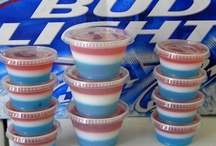 YUMMY JELLO SHOTS AND PUDDING SHOOTERS