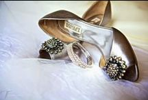Bridal Shoes / Beautiful shoes for a beautiful bride. Wedding inspiration from The Waterview.