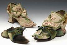 18th c. Kerchiefs, Mitts & Footwear / by Kate {Beatriz Aluares}