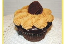 Cupcake Delights / I love cupcakes . . . they are a wonderful way to have a delightful dessert. . . just think of them as a mini-cake.  Save calories but live life fully.