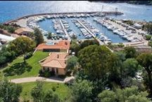 Villa near Cannes in Theoule sur Mer, with access to the beach / http://www.cotedazur-sothebysrealty.com/sole-agents-villa-near-cannes-in-theoule-sur-mer-cn3847.html