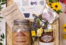 Mother's Day Gift Guide / One of a Kind Mothers Day Gifts, inspired by local entrepreneurs Sophia Pierro, Founder of Toronto based gift box service Present Day, and Kristen Wood, CEO and Creator of The Ten Spot Beauty Bars