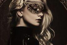Baile de máscaras / Welcome to my masquerade, ladies and gentlemen!