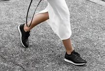 HOW TO WEAR SNEAKERS INSPO