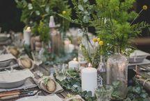 Table Decoration // Tischdeko / Für mich ist es immer etwas Tolles, Gäste zu haben. Mit ihnen zu reden, lachen, diskutieren, kochen, klönen und und und. Deshalb überlege ich mir gerne etwas Besonderes für sie, damit sie sich wohlfühlen und wiederkommen. Das fängt bei einer schönen Tischdekoration an und geht beim leckeren Essen weiter. Den Tisch nett und einladend zu dekorieren, das sendet auch eine Botschaft an die Gäste: Hey du, wir freuen uns auf dich, schön, dass du da bist. Auf diesem Board sammele ich Anregungen dafür.