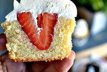 Cupcake trends / by Megan Yelle van Hamersfeld