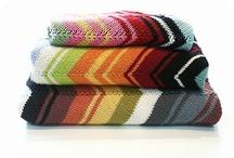 Knitting / by Naomi Ovando