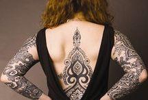 A swirl of henna
